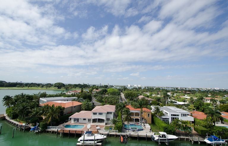 Bay Harbor Island Homes